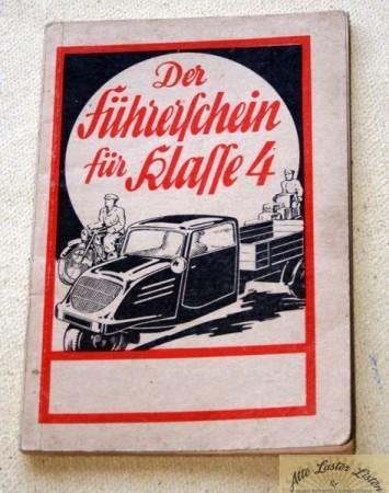 Lehrbuch für Führerschein Klasse 4